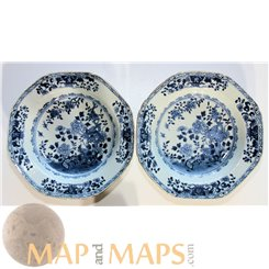 Four Antique Chinese Blue and White export plates